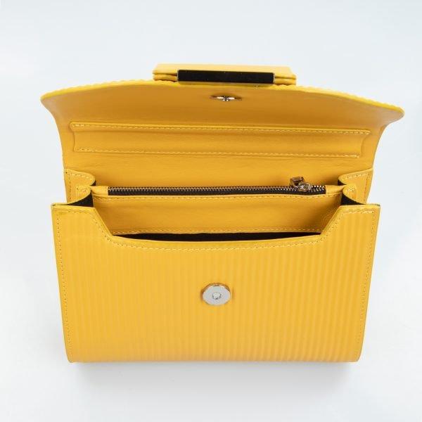 mila borsa a spalla in pelle con trama a rilievo yellow grande dettaglio